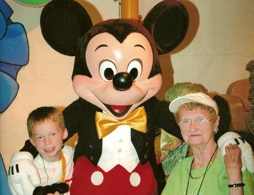 Quinn, Mom and Mickey 2006